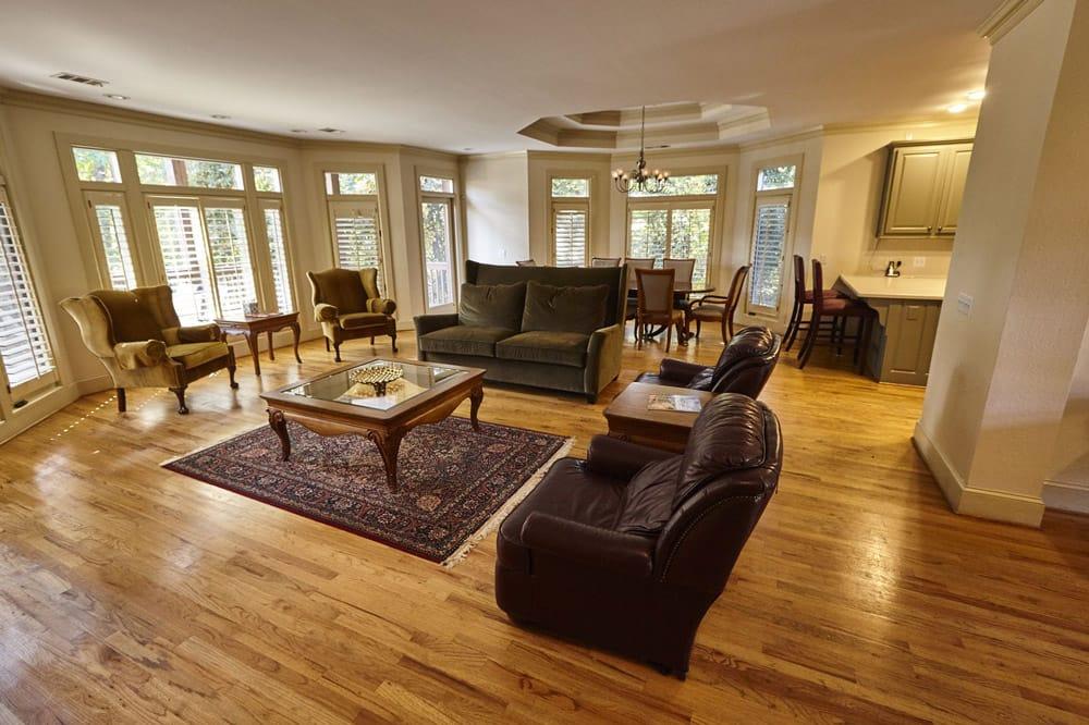 Villa—Upstairs-Living-Room-&-Dining-Room